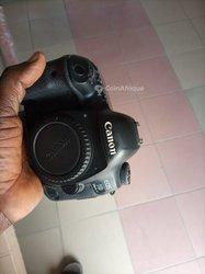 Appareil photo Canon 5D Mark iv