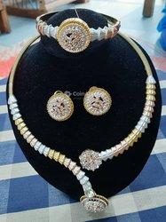 Bijoux - Collier - Boucles et bracelet