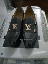 Souliers Louis Vuitton