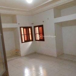 Location appartement 3 pièces  -  Kegué