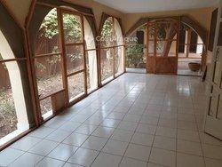 Location villa 5 pièces -  Ouaga 2000