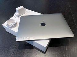 PC Macbook Air  M1 core  i7 2020