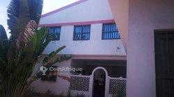 Location Appartement cour unique 5 pièces - Quartier des Etoiles