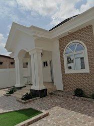 Location villa 7 pièces meublées - Calavi
