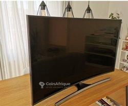 TV Smart incurvée 4k 55 Pouces