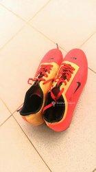 Crampons Nike T90
