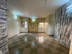 Appartement 3 chambres salon cour unique à  Cacaveli