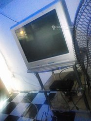 TV + table