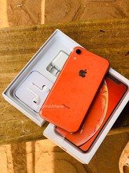 iPhone XR  - 128 go