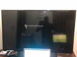TV écran plat 64 pouces