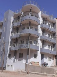 Location Immeuble 12 Pièces - Mamelles