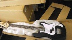Guitare basse Yamaha