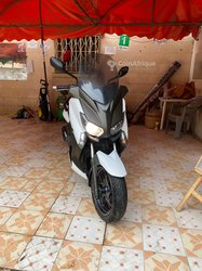 Scooter Yamaha X-Max 250 injection 2016