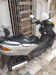 Moto Burgman 150