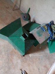 Machine Presse Noix de Palme