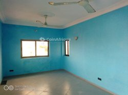 Location appartement 4 pièces - Fidrossè Centre