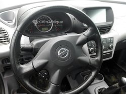 Nissan Tino 2005
