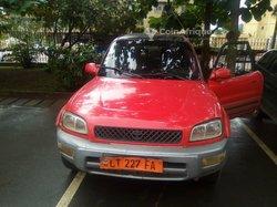 Location Toyota Rav4 1999