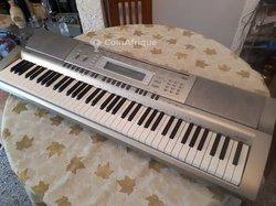 Piano Casio Wk-200
