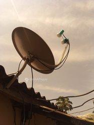 Installation d'antenne parabolique