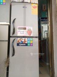 Réfrigérateur Néon - 2 battants 206 l