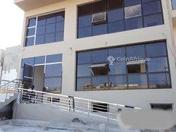 Location Bureaux & commerces 170 m² - VDN