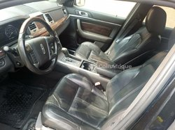 Ford Lincoln MKS 2010