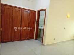 Location appartement 3 pièces - Akpakpa  midombo