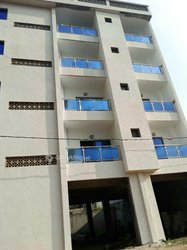 Vente immeuble R+4 - Angré Chu