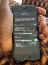 iPhone 8 - 64Go