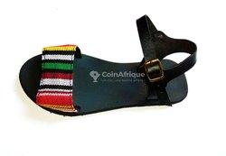 Sandales en pagne tissée