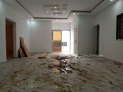 Location appartement 3 pièces -ANGRE CNPS/ CGK (Dans le quartier )