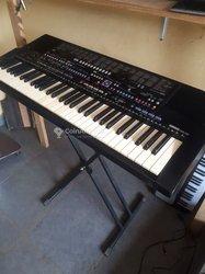 Piano Yamaha PSR 510