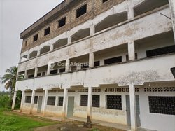 Vente Complexe scolaire 3000 m² - Ndogpassi