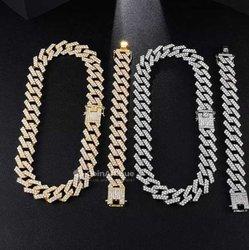 Bijoux chaîne diamant