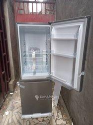 Réfrigérateur combiné Hisense