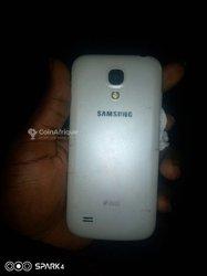 Samsung Galaxy S4 mini -