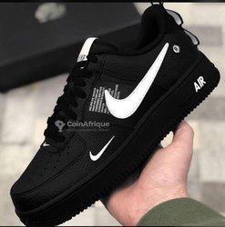 Baskets Nike Air Force R