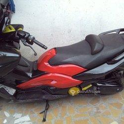 Yamaha T-Max 2010