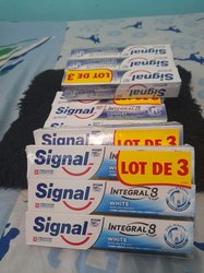 Pâtes dentifrices Signal