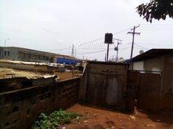 Vente Terrain 1051 m² - Yaoundé