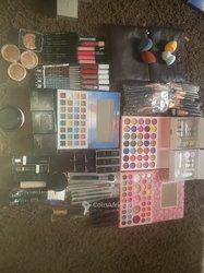 Pack produits de maquillage