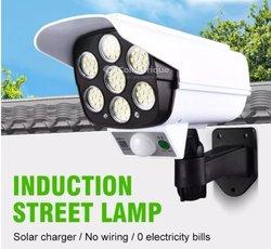 Lampe solaire à commande et interrupteur