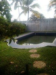 Location Villa basse 5 pièces + piscine - Riviera Golf