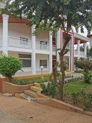 Location villa duplex 11 pièces - Golf 4
