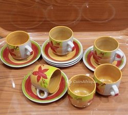 Ensemble tasses et sous-tasses