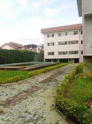 Vente Immeuble 242 pièces 9000 m² - Cocody