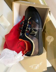 Chaussures Vuitton