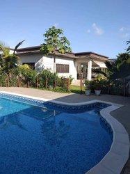 Location Villa basse 4 pièces + 2 dépendantes - Cocody Riviera Golf