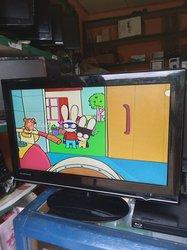 Téléviseur 24 pouces